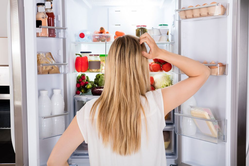 How to clean your fridge?